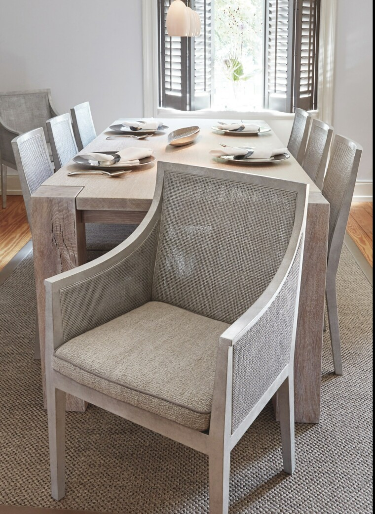 Transformation Tisch und Stühle